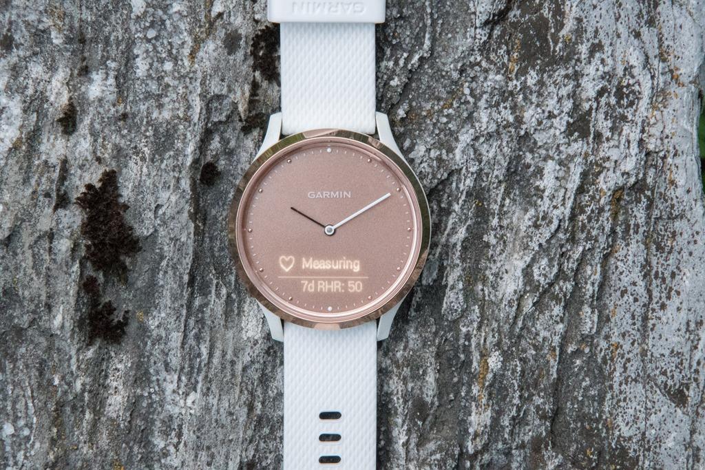 Hybrid Smartwatch GARMIN VIVOMOVE HR - TEST 1. del